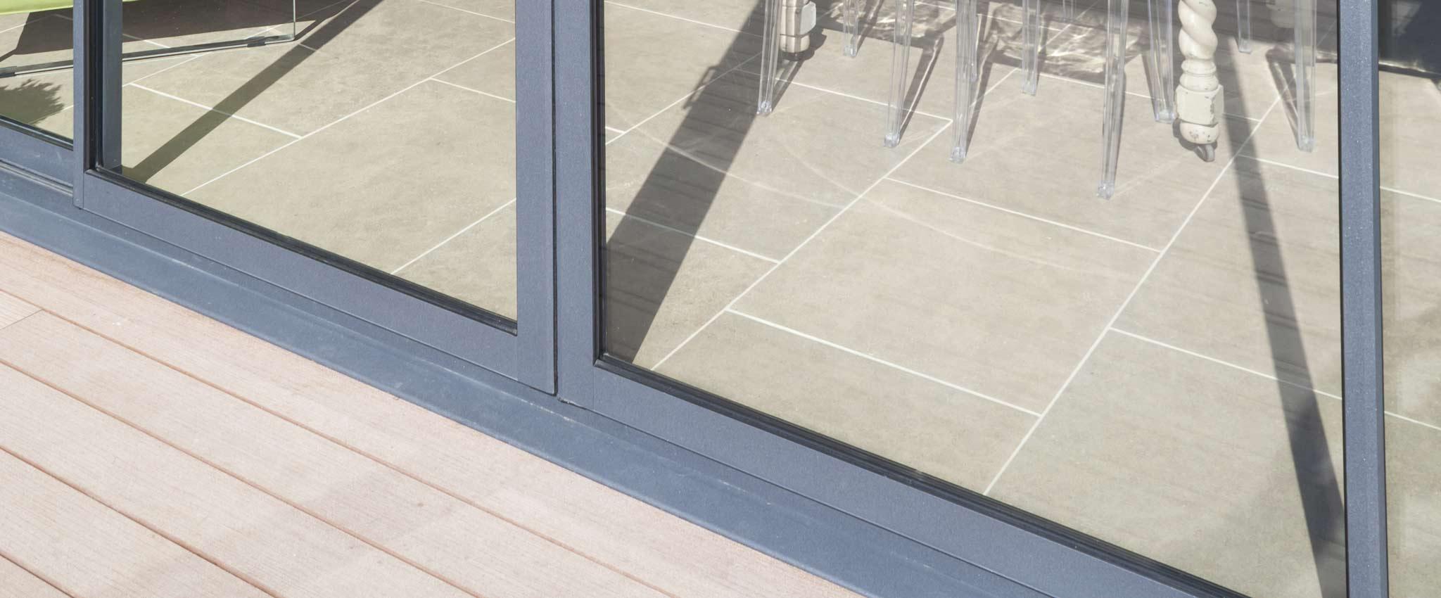 Alihaus Sliding Doors Header Image