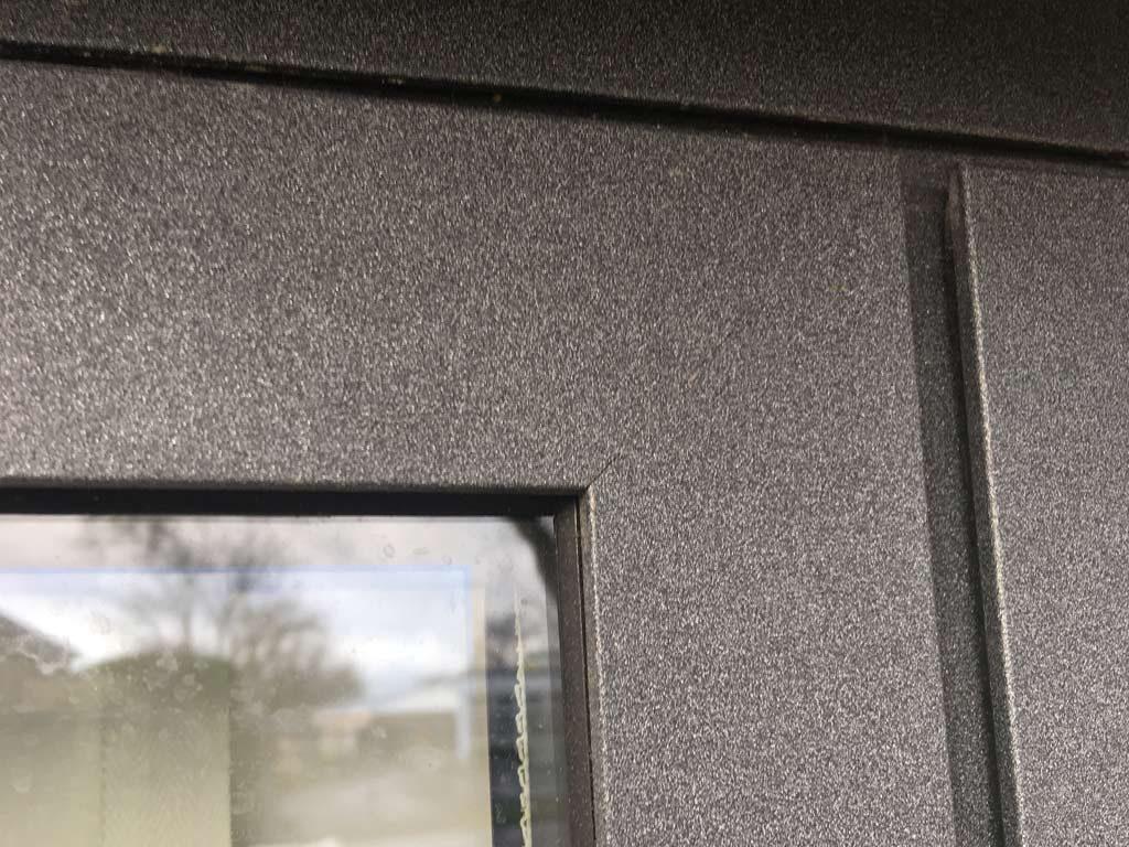 Close up of Alihaus Modern Window finish showing perfect custom colour.